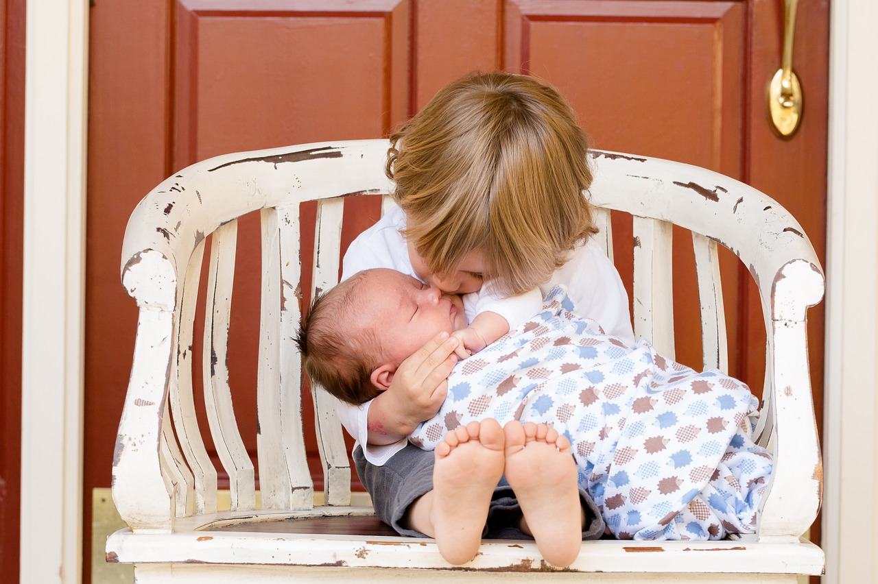 helping your older child adjust to a new baby